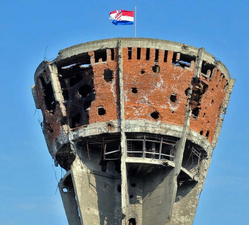 Ovo Su Ljudi Koji Su Branili Vukovar Heroji Koje Se Ne