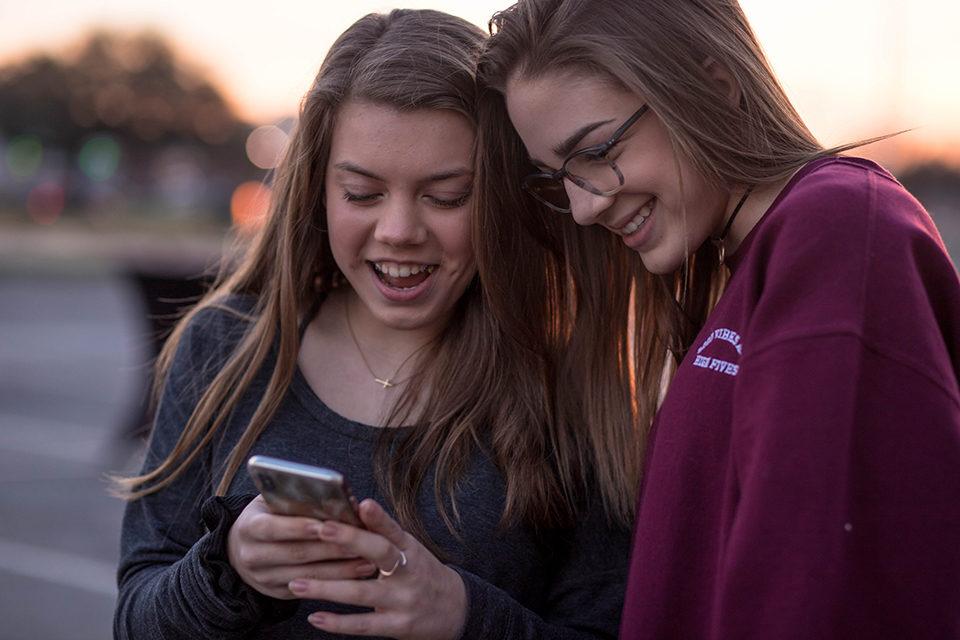 Tinejdžerski online upoznavanje besplatno